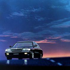 #현대자동차 #뉴_그랜저 를 기억하시나요? 90년대의 뉴 그랜저는 어두운 #밤 속에서도 빛이 났습니다.  Do #you #remember #Hyundai_motor #New_Grandeur in 90's? New Grandeur from the 90's was also #shinning at a #dark #night .  #motor #car #old_car #classic #new #Grandeur #memory #history #daily #현차 #자동차 #올드카 #클래식카 #추억 #기억 #인기 #자동차그램 #정연만
