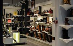 """""""Что Вы почувствуете, когда увидите в магазине понравившуюся Вам очень дорогую обувь?"""" http://www.mytips4life.info/direct/2BB_aM/RU"""