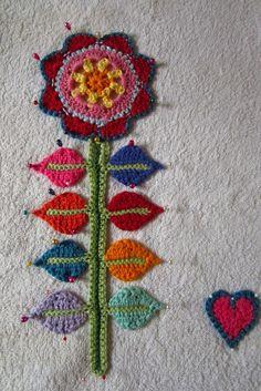 Örgü Çiçek Duvar Süsü Yapılışı 43