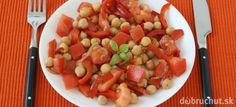 Cícerový šalát s paprikou a paradajkou