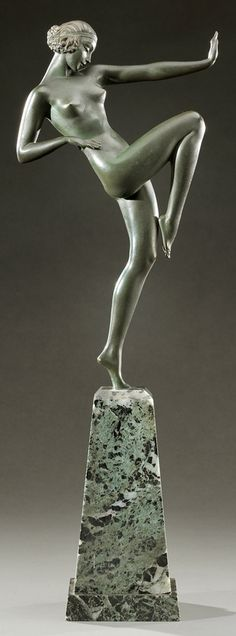 PIERRE LE FAGUAYS (1892-1962) Art Deco nude female bronze on marble plinth -