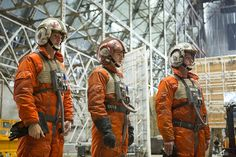 "With the mantra to capture original trilogy elements ""how you remember it"", fighter pilots wore polished flightsuits, rather than the dyed boiler suits seen in the original 1977 Star Wars movie."