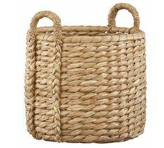 Accessories 101: Seagrass basket