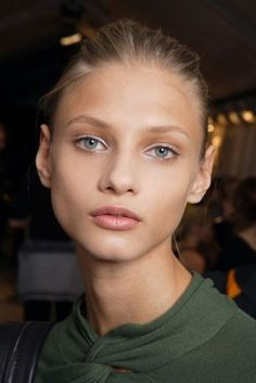 anna Selezneva, 1990 born in Moscow to a Russian father and an Armenian mother.
