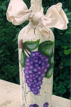 Tuscan Grapes Wine Bottle #tutorial