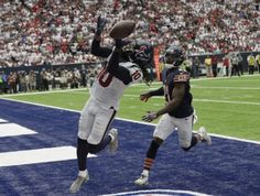 DeAndre Hopkins, catching touchdowns in Yeezys (AP)