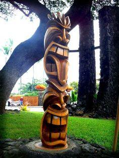 (Hawaiian) Tree Carving, Wood Carving Art, Wood Art, Tiki Man, Tiki Tiki, Tiki Pole, Tiki Faces, Tiki Statues, Tiki Decor