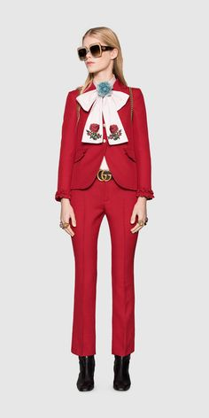 Gucci Runway - Look 7 - FW16_MNWLook07EU Embroidered bow!!!!!