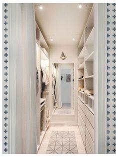 Walk In Closet Small, Walk In Closet Design, Bedroom Closet Design, Master Bedroom Closet, Small Closets, Bathroom Closet, Closet Designs, Walk Through Closet, Narrow Closet