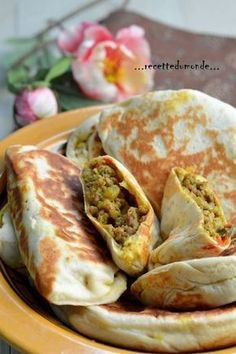 Gözlem - crêpes Turc farcies kefta poivrons - loulous party & co - Tagine, Turkish Recipes, Ethnic Recipes, Salty Foods, Cooking Recipes, Healthy Recipes, Antipasto, Chefs, I Foods