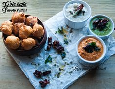 Gole Bajje / Savory fritters from Southern Canara/Dakshin Kannada   A delicious savory fritters which you can make easily at home with just few ingredients from your pantry . Serve it hot and crisp with coconut chutney and some tea (Chaya) it will take you to heaven .   Check recipe here  #bloghop #culinaryhoppers #southerncanara #udupi #mangalorean #crackleandtemper
