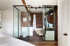 Wunderschöne Wohnung mit unkonventionellen Innenarchitektur renoviert - www.homeworlddesign.com (2)