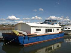 Pintxos Houseboat