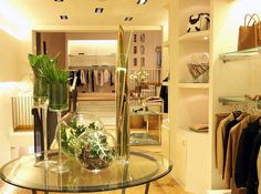 Cloth shop interior design ideas
