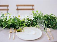 13-green-white-gold-wedding-inspiration