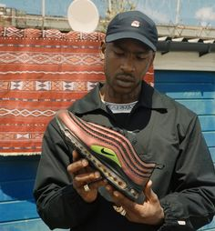 London-based grime artist Skepta has once again teamed up with Nike on a collaborative sneaker. The Air Max 97 Sk sees Skepta reimagine. Nike Air Max, Air Max 97, New Nike Air, Air Jordan, Reebok, Winter Outfits, Casual Outfits, Nike Outfits, Nba
