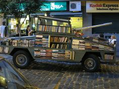 BOOKS MOBILE