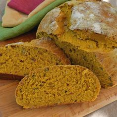 Freckled, Pumpkin Yeast Bread - Real Food - MOTHER EARTH NEWS