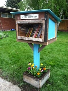 Kelli Hess. Missoula, MT. Our library is just a few doors down from the Lewis & Clark Elementary School. It's filled with kids books and it's just the right height for little ones to reach their books.