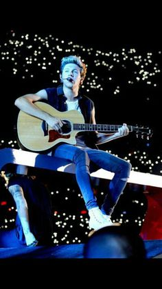 Read Niall♡ from the story Pics*-*♡♡ by with 140 reads. One Direction Wallpaper, One Direction Pictures, One Direction Memes, Niall Horan Baby, Naill Horan, Niall And Harry, Irish Boys, Irish Men, Family Show