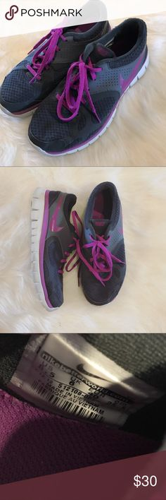 Nike Shoes In good gently loved condition Nike shoes. Purple and gray color. 💜 Offers welcome! Nike Shoes Athletic Shoes