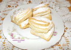Croissant, Camembert Cheese, Pancakes, Food And Drink, Breakfast, Recipes, Small Cake, Hungary, Morning Coffee