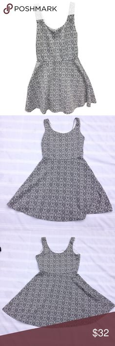 🆕🌟Bar III Skater Dress Super cute little skater dress with small black and white Geometric print. It has a nice stretch to it and a fairly thick soft material. Great preowned condition. Bar III Dresses Mini