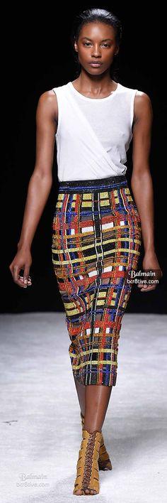 Balmain Spring 2015 Ready-to-Wear Fashion Show Fashion Moda, High Fashion, Fashion Show, Womens Fashion, Fashion Design, Fashion Music, Fashion 2020, Couture Fashion, Runway Fashion