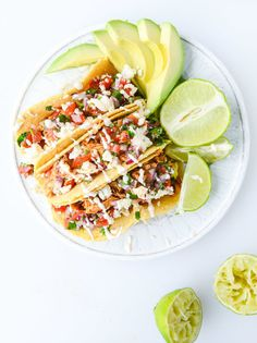 "<strong>Get the <a href="";http://www.howsweeteats.com/2015/04/easy-weeknight-chicken-tacos/"" target=""_blank"">Easy Weeknight Chicken Tacos recipe</a> from How Sweet It Is</strong>"