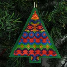 crosstitch ornaments | Counted Cross Stitch Christmas Tree Ornament Pattern