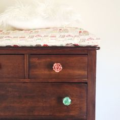 mismatched knobs | Little Baby Garvin