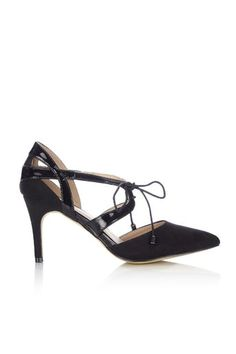 Black Lace Point Court  Shoe