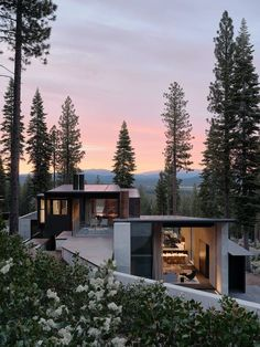 Lookout House Modern Home in Truckee, California by Faulkner… on Dwell Architecture Design, Building Architecture, Dezeen Architecture, California Architecture, Concrete Architecture, Classical Architecture, Ancient Architecture, Sustainable Architecture, Landscape Architecture
