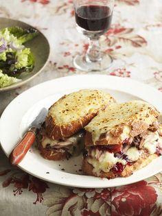 Festive Turkey Croque-Monsieur- Jamie Oliver Pulled Turkey, Turkey Sloppy Joes, Turkey Sandwiches, Wrap Sandwiches, Leftovers Recipes, Turkey Recipes, Turkey Meals, Jamie Oliver, Brunch