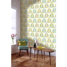 A classic retro styled floral wallpaper that will uplift your walls providing them with a touch of fun and boldness. Green Floral Wallpaper, Teal Wallpaper, Kitchen Wallpaper, Room Wallpaper, Pattern Wallpaper, Retro Bedrooms, Small Hallways, Fabric Decor, Colorful Decor