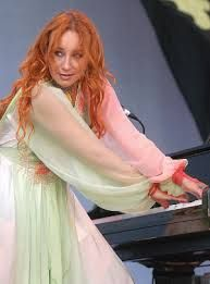 33 Best Piano girl images in 2015 | Piano girl, Piano, Piano