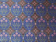 royal wallpaper magenta