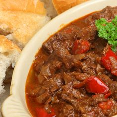 Serve this hearty full flavored Hungarian Goulash recipe with egg noodles. Hungarian Goulash Beef Stew Recipe from Grandmothers Kitchen. Beef Goulash, Pork Stew, German Goulash, Beef Dishes, Food Dishes, Main Dishes, Slow Cooker Beef, Slow Cooker Recipes, Meat Recipes