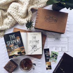 Folded Pages Gift Guide: Book Subscription Boxes I Love Books, Good Books, My Books, Book Subscription Box, Book Organization, Beautiful Book Covers, Book Photography, Product Photography, Coffee And Books