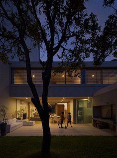 Galería de Casa en Calle Libertad / Pedro Livni + Karin Bia - 14