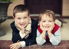 Family Portraits #photography #poses #inspiration #brothers