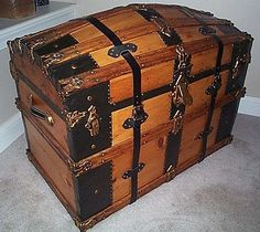 "Antique Storage Trunks | Flat Top Low Profile ""Foot Locker"" Antique Steamer Trunk - #275"