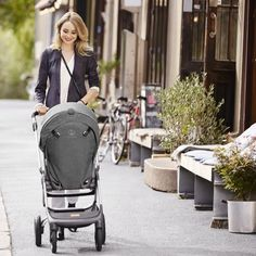 Venturing around the city is a breeze in our compact urban stroller, Scoot.  What do you love about your Scoot? Tell us in the comments below! #Stokke #strollerbaby #StokkeSpring #letsstroll #Scoot