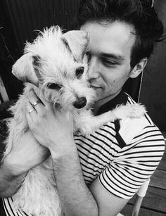 brandon flynn and his puppy charlie William Morris, Insatiable Netflix, Brandon Flynn 13 Reasons Why, 13 Reasons Why Aesthetic, White Boys, Black And White, Justin Foley, Dont Break My Heart, Celebs