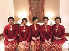 "1,529 Likes, 23 Comments - Kebaya Inspiration INDONESIA (@kebaya_inspiration) on Instagram: ""Ladies in red. Regram from @pradhivi . #kebayainspiration #kebaya #Indonesia"""