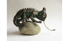 Chameleon Bronze sculpture by Toth Kristof - Debera Merioth Small Sculptures, Bronze Sculpture, Chameleon, Lovers Art, Pet Birds, Stone, Things To Sell, Animals, Rock