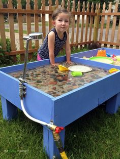 New Diy Outdoor Kids Play Area Sands Ideas Kids Outdoor Play, Outdoor Play Areas, Backyard For Kids, Diy For Kids, Garden Kids, Big Garden, Outdoor Games, Water Tables, Sand And Water Table