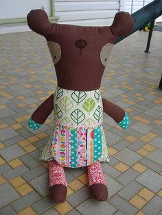 Mama Bear for Nouka by disco smurf, via Flickr