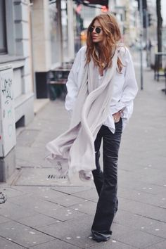 I love love love super long scarves!