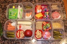 Love the cupcake liners, cashews, pickles, carrots + dip. Bento Recipes, Lunch Box Recipes, Lunch Snacks, Lunchbox Ideas, Healthy Recipes, Macarons, Kids Packed Lunch, Easy Lunch Boxes